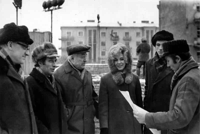 На строительстве Дома актёра. 1972 год Н. Чонишвили, П. Великий, А. Теплов, Г. Думма.